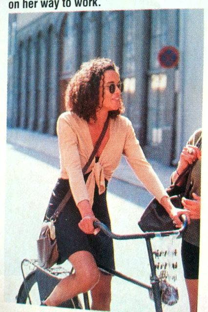 Street Style 90s Model Bike Sassy Magazine